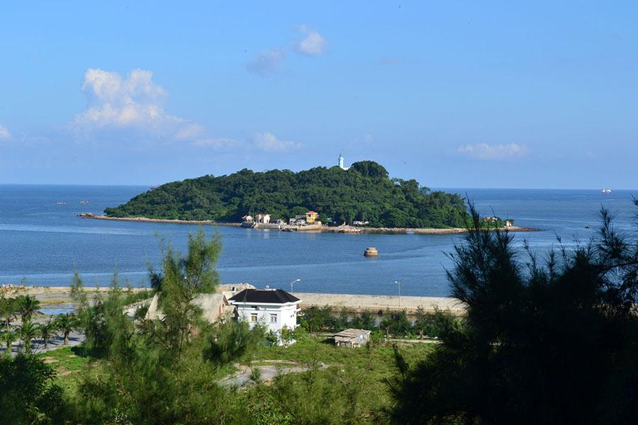 Đảo Hòn Dáu