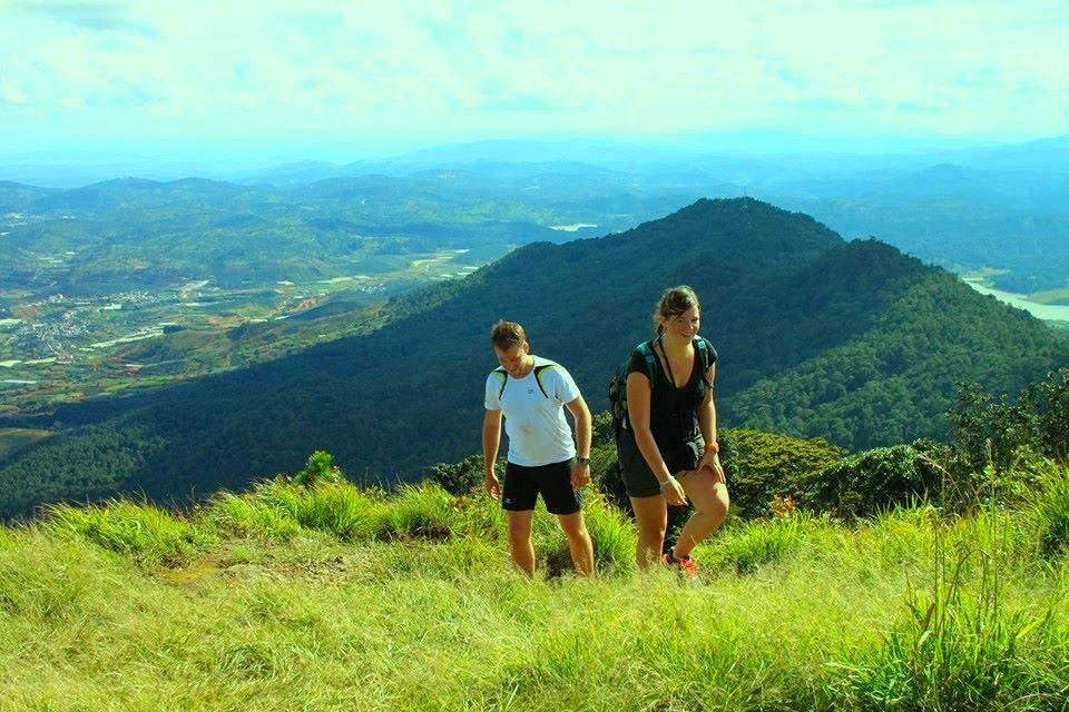 Leo núi Langbiang là trải nghiệm bạn không nên bỏ qua