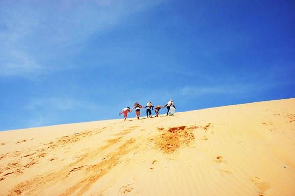 Đồi cát Phương Mai