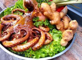 Vé máy bay giá rẻ khám phá phố ẩm thực Sài thành