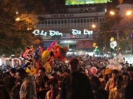 Vé máy bay giá rẻ khám phá chợ đêm trên khắp Việt Nam