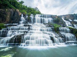 Vé máy bay giá rẻ đi Lâm Đồng ngắm những thác nước hùng vĩ