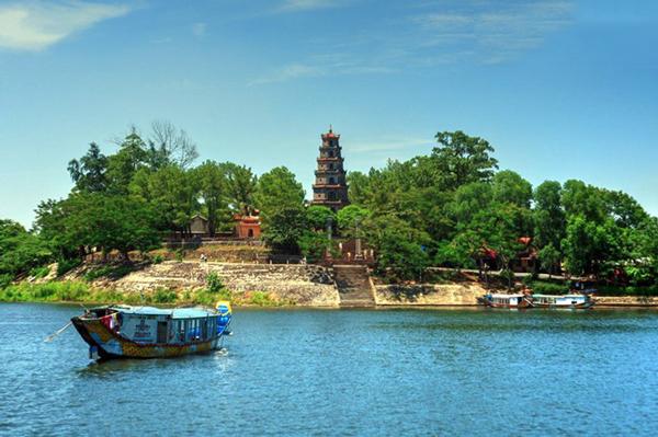 Vé máy bay đi Huế giá rẻ Vietnam Airlines