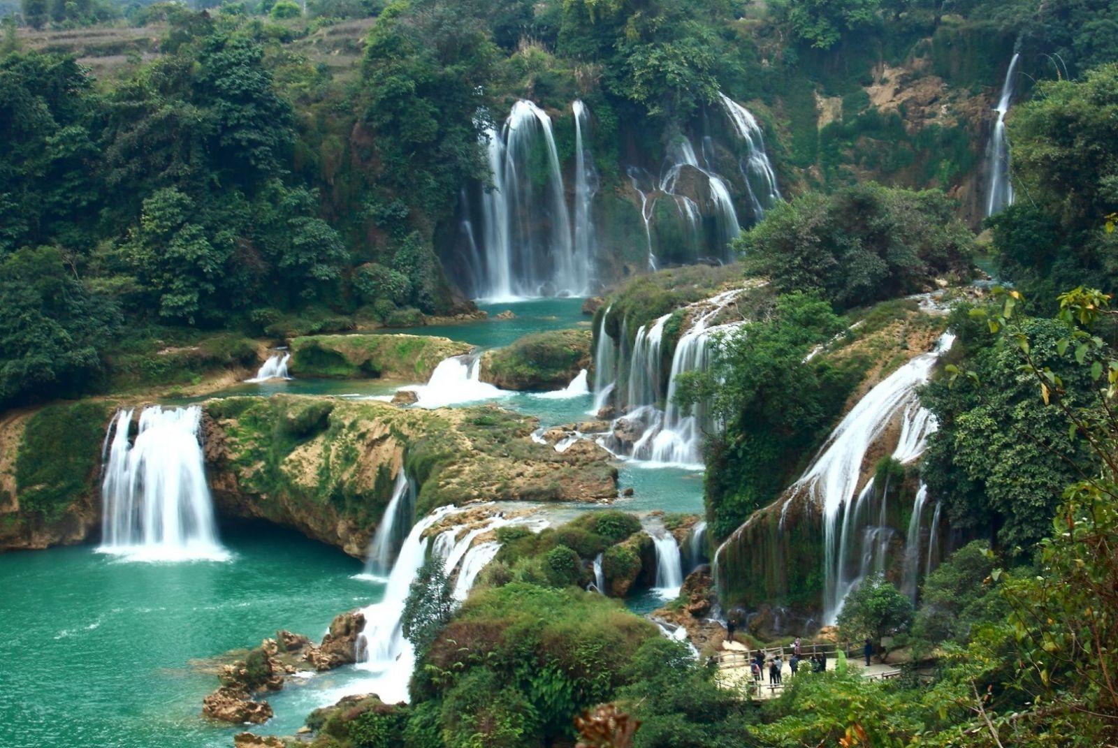 Vẻ đẹp tựa tiên cảnh của thác Bạc