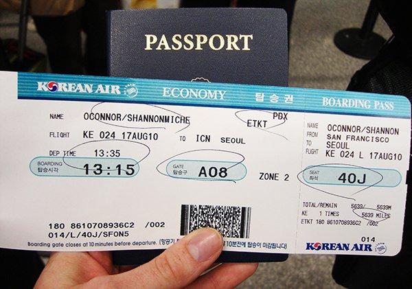 những loại giấy tờ cần thiết khi đi máy bay