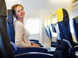 Kinh nghiệm đi máy bay lần đầu cho người mới – Xem ngay!