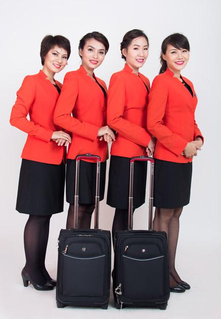 dong-phuc-cho-tiep-vien-hang-khong-nu-jetstar
