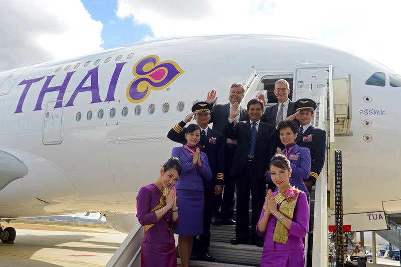may-bay-thai-airways