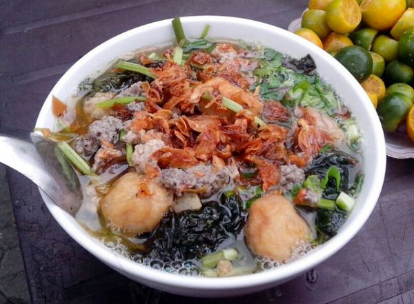 Bánh đa cua đồng phố Lạc Tray