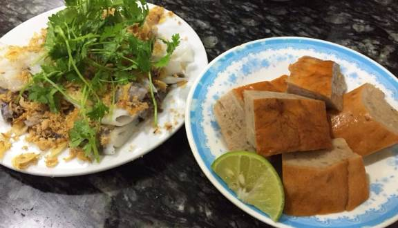 Bánh cuốn Thanh Vân ở Hàng Gà