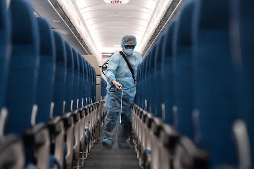 Khử trùng toàn bộ tàu bay trước mỗi chuyến bay